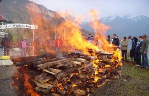 Feuerlauf im Schliersee