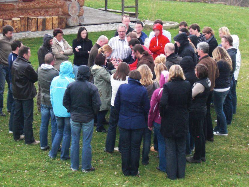 Teilnehmer Vorbereitung Feuerlauf